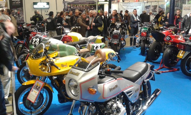 EXPO 6 Cylindres - salon Moto Legende 2015  20151111