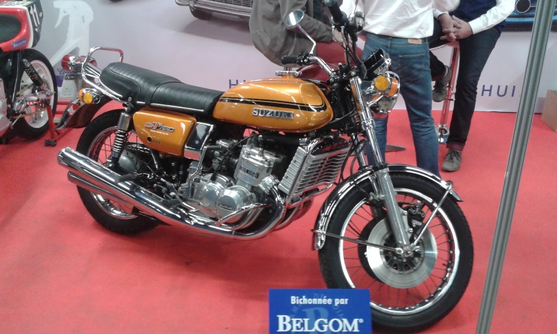 EXPO 6 Cylindres - salon Moto Legende 2015  20151118