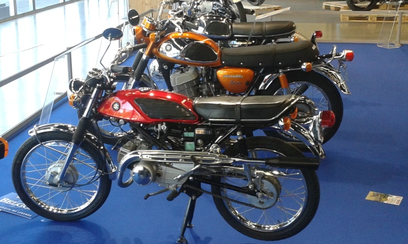 EXPO 6 Cylindres - salon Moto Legende 2015  20151123