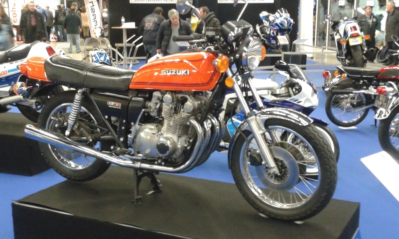 EXPO 6 Cylindres - salon Moto Legende 2015  20151124