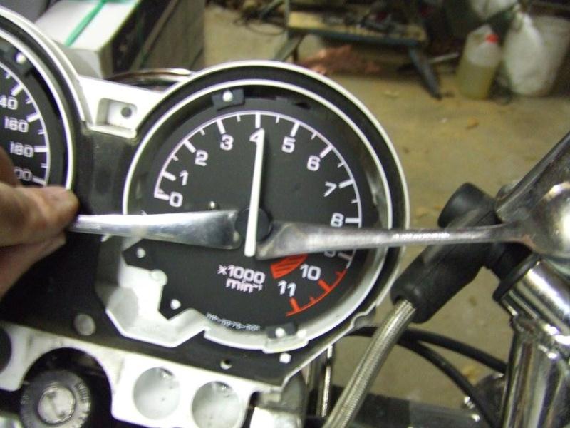 Deauville 650 : bruit anormal sur la roue avant - Page 2 Dscf9125