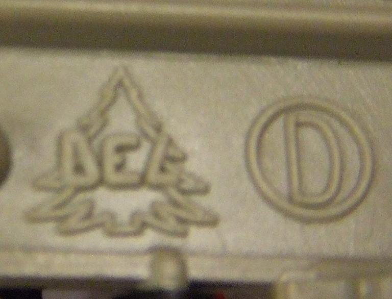 le logo DEL Logo_d10