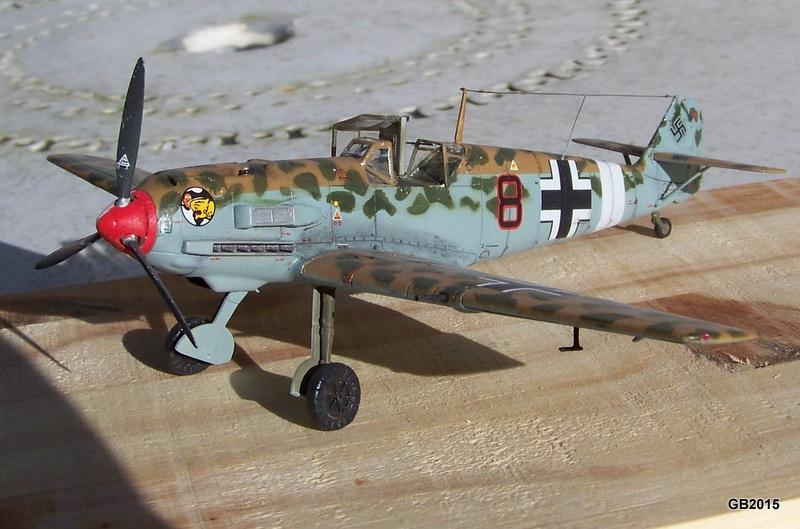[AIRFIX] Messerschmitt Bf109 E-7 Trop - JG27 100_2010