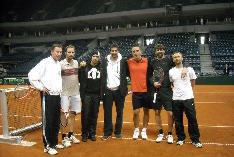 Davis Cup... - Page 3 17043_10