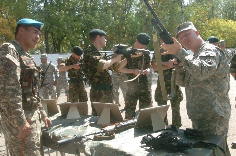 Armées du Kazakhstan  - Page 5 Army_m11