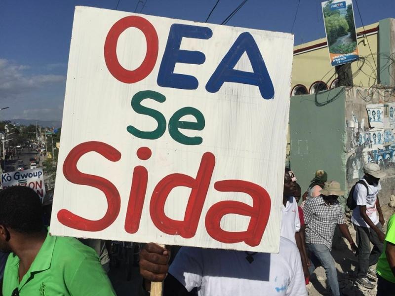 Les haïtiens rejettent L'OEA  12662010