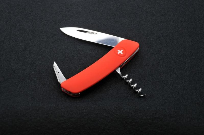 Mes premiers couteaux Swiza 01-d0110