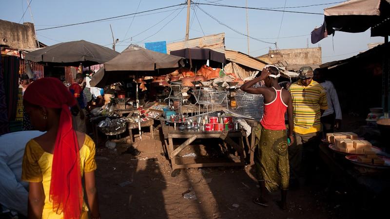 11-Bamako le marché de Médine Marcha12