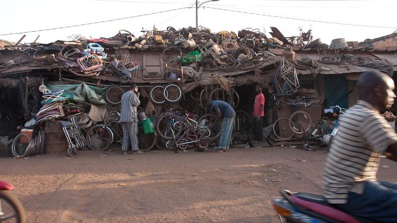 11-Bamako le marché de Médine Marcha15