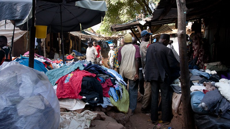 11-Bamako le marché de Médine Marcha27