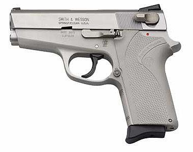 Le pistolet ou revolver de sac à main idéal - Page 3 Ladysm13