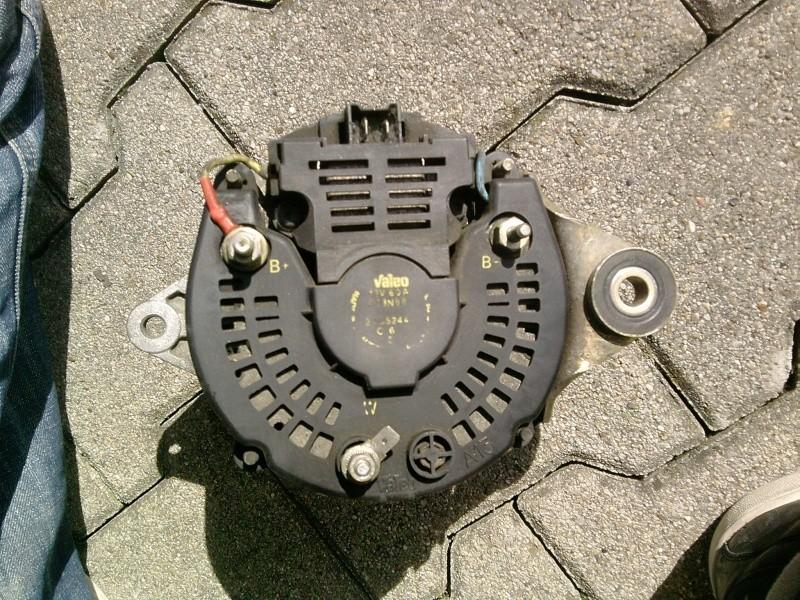 problème :voyant batterie et [stop], compte tour a 0 en roulant P1703110