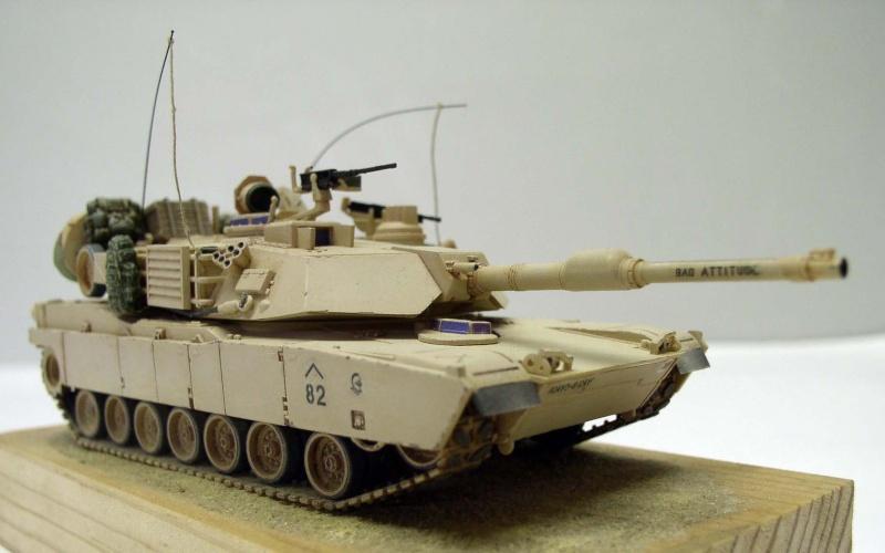Abrams M1 A2 OIF 2003 Revell 1/72eme Abrams12