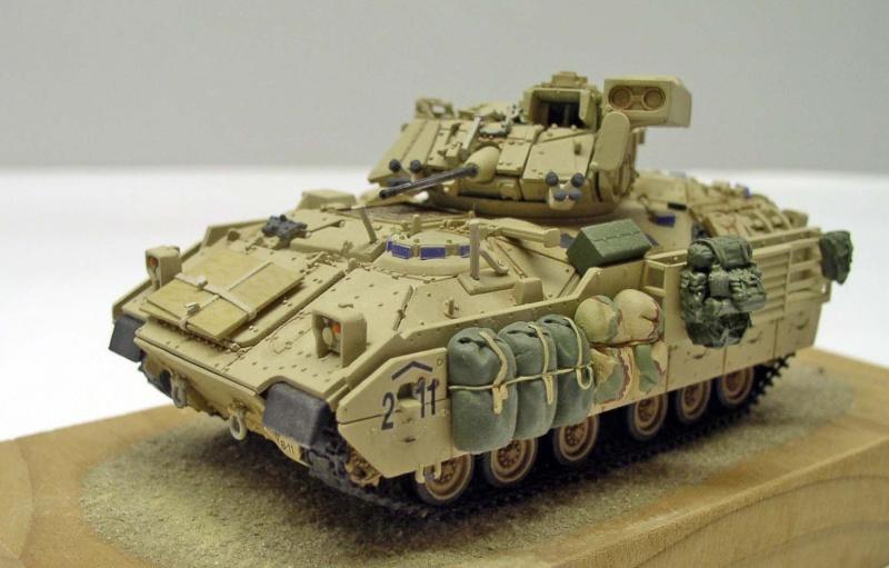 Bradley M2 A2 OIF 2003 Dragon 1/72eme Bradle10