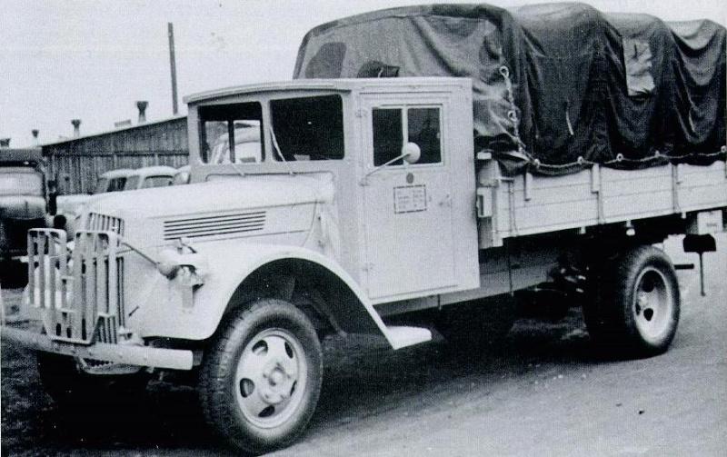 Ford 3000 ambulance ESCI + ALBY 1/72 eme Forv3010