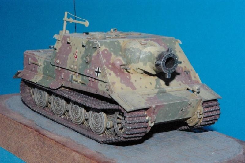 Sturmtiger 38 cm ( chassis Revell-casemate en scratch 1/72eme ) Imgp2924