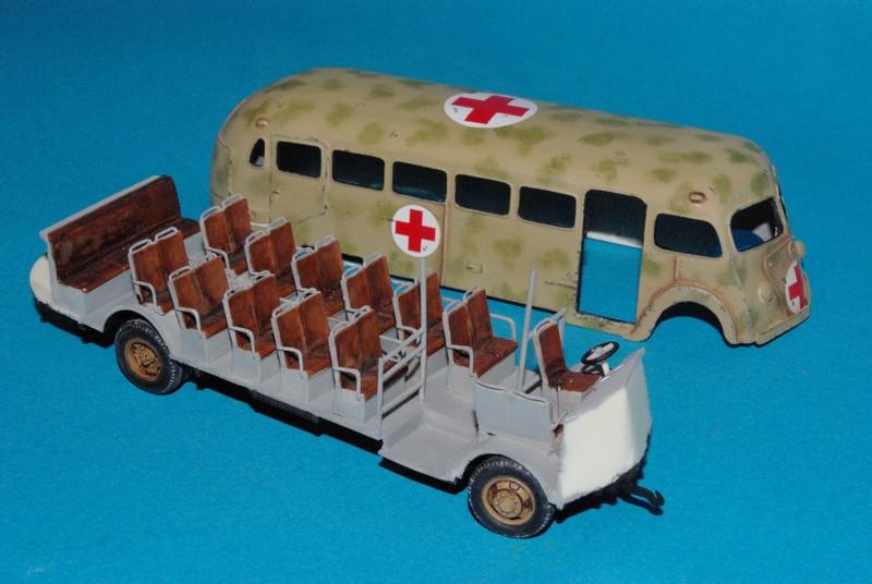 Autobus Isobloc W 240 ALBY 1/72eme Isoblo10