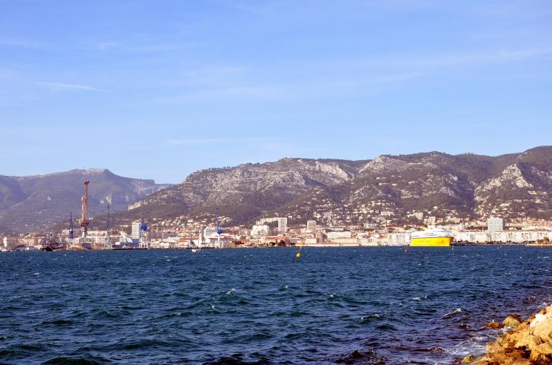 Toulon la rade 2710