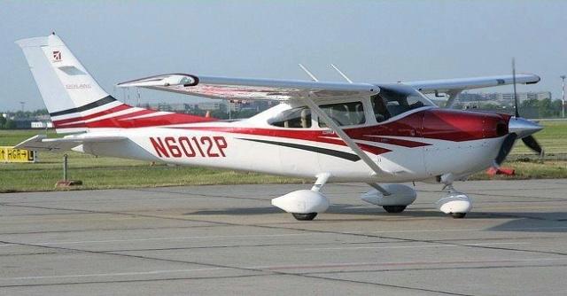 Rénovation d'un Cessna Cardinal d'Aviomodelli  destiné à la poubelle ! 6c90e011