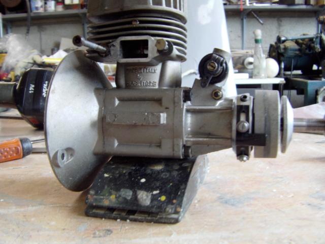 Modification d'un moteur méthanol en moteur à essence ! Imag0184