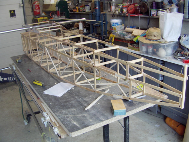 Construction du Latécoère 28  Imag0220