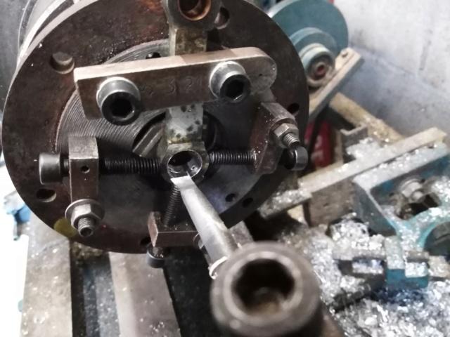Suite de la transformation d'un moteur méthanol. Img_2041