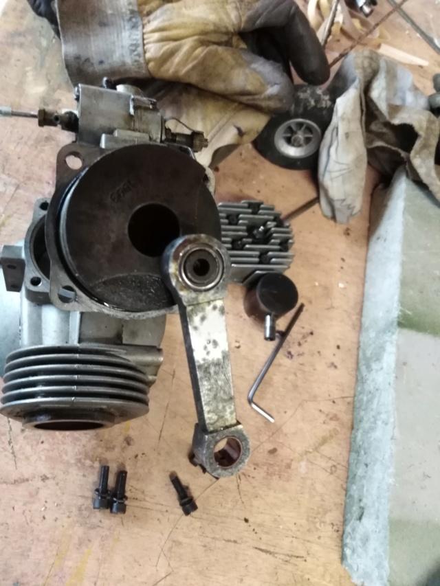 Suite de la transformation d'un moteur méthanol. Img_2045