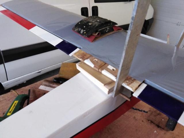 Avion de début pour Enzo Img_2060
