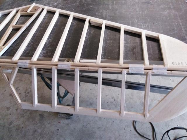 Construction du Latécoère 28  Img_2181