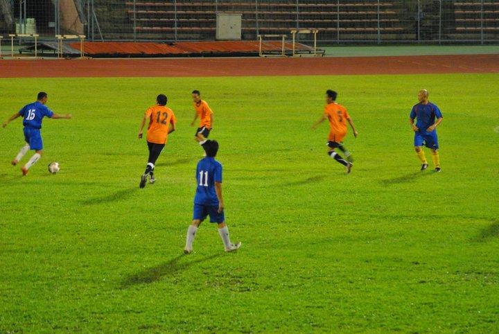 Main Bola MALAM di Stadium Likas 23 Dis 2010 410