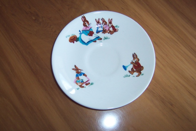 Crown Lynn Bunny Cup and Saucer Bunny_10