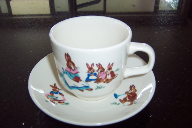 Crown Lynn Bunny Cup and Saucer Puppie12