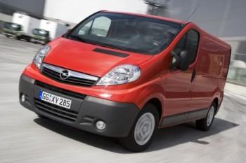 2010 - [Renault] Master - Page 2 Vivaro10