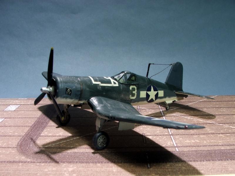 [Heller] F4U Corsair F4u0210