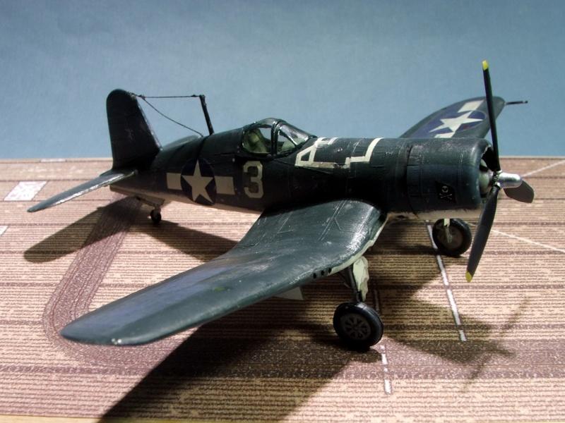 [Heller] F4U Corsair F4u0310