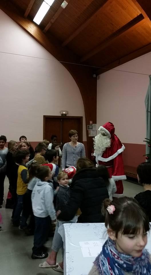 Fête de Noël des écoles de Wangen,  18 décembre 2015 12360210