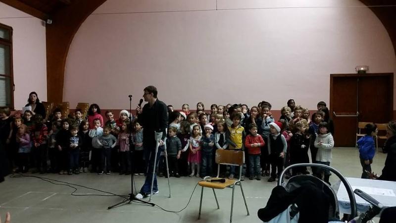 Fête de Noël des écoles de Wangen,  18 décembre 2015 12369110