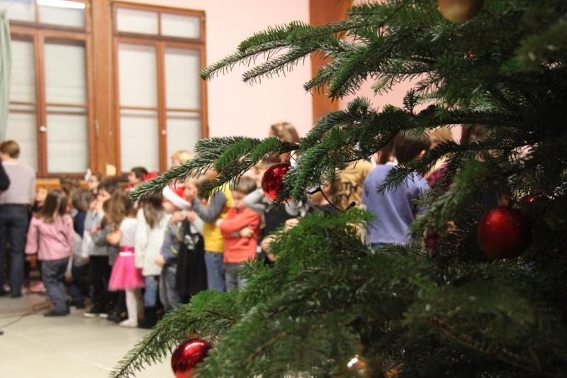Fête de Noël des écoles de Wangen,  18 décembre 2015 Img_1616