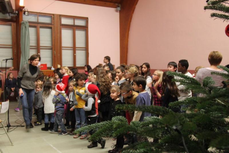 Fête de Noël des écoles de Wangen,  18 décembre 2015 Img_1619