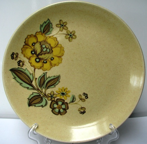 Kelston Ceramics New Zealand No Name and Victoria d070 and Westminster d619 ~ Victor10