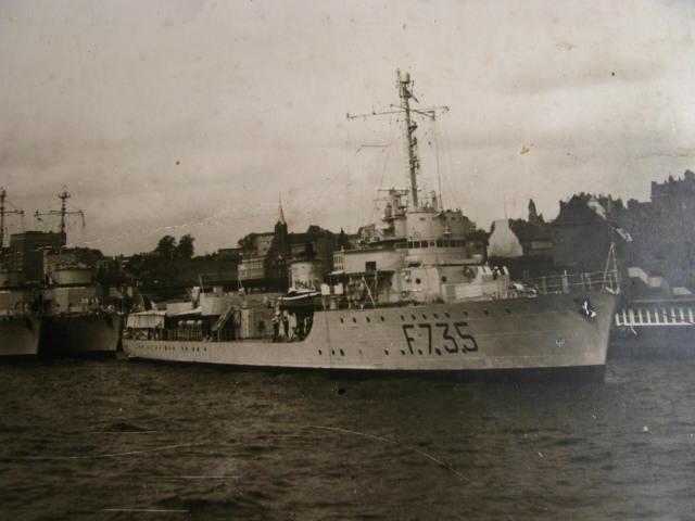 Aviso colonial Chamois état 1942 au 1/100 scratch intégral Img_0320