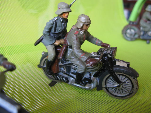 ELASTOLIN motos Img_0873