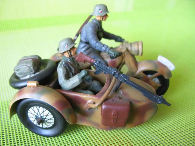 ELASTOLIN motos Img_0874
