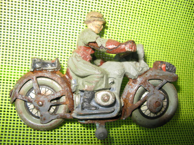 ELASTOLIN motos Img_0878