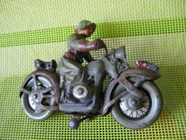 ELASTOLIN motos Img_0879