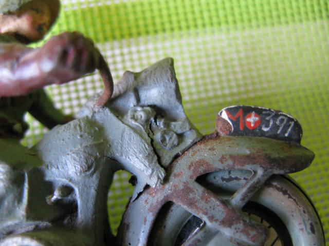 ELASTOLIN motos Img_0880