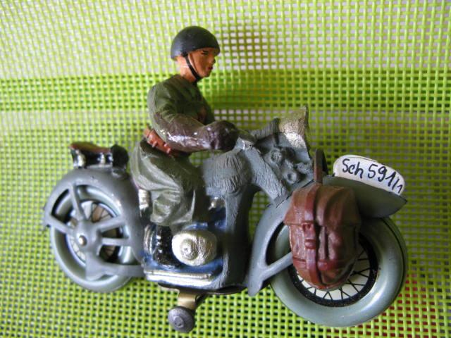 ELASTOLIN motos Img_0881