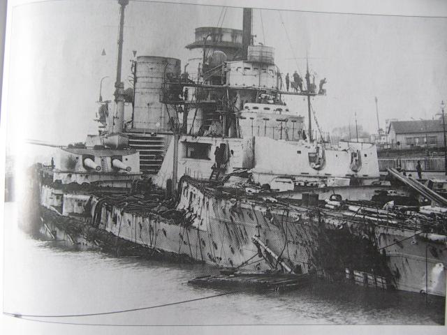 Battlecruiser SMS Seydlitz 1/350 Poudre15
