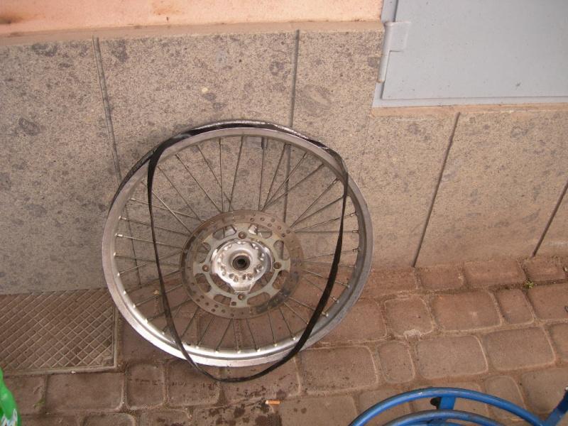 Manutenzione ruota e raggi Dscn5415