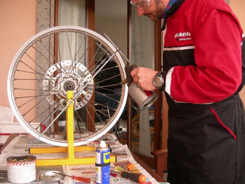 Manutenzione ruota e raggi Dscn5421
